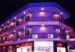 Hôtel Tambunan - Goldenhill Hotel-1