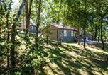 Camping avec Quartiers VIP / Premium Lot - Camping Domaine De La Faurie-3