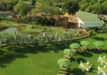 Villages vacances Gandhinagar - Gulmohar Greens Golf & Country Club-3