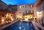 Location vacances Aubignan - Les Remparts-1