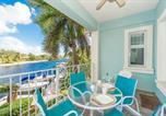 Location vacances West Bay - Condo Britannia Villa 2030-1