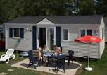 Camping en Bord de rivière Buzancy - Bestcamp Parc La Clusure-3