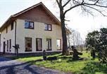 Location vacances Beerze - Holiday Home Den Ham with Fireplace Xiii-1