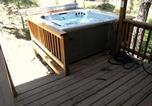Location vacances Ruidoso - Jd's Treehouse Two-bedroom Holiday Home-3