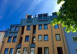 Location vacances Rückersdorf - City Apartment Bartholomaeus-2