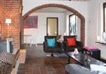 Location vacances Asten - Holiday Home Grashoek with Fireplace X-4