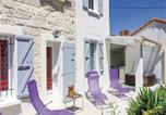Location vacances Avignon - Studio Holiday Home in Avignon-1