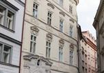 Location vacances Prague - Design Old Town Apartment-1