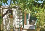 Location vacances Eyragues - Studio Holiday Home in Chateaurenard-3