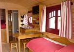 Location vacances Amayé-sur-Orne - La Roulotte des Matis-1