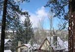 Hôtel Big Bear Lake - Castle Wood Theme Cottages- Couples Only-3