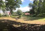 Location vacances Feldberg - Ferienhaus _am Waldesrand_-1