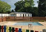 Villages vacances Reynoldston - Noble Court Holiday Park-1