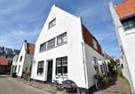 Location vacances Zandvoort - Schelpenplein-1