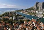 Location vacances Omiš - Holiday home Omis 321-3
