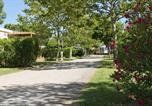 Camping avec Piscine Saint-Cyprien - Chadotel Le Roussillon-2