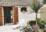 Location vacances L'Ile-d'Olonne - Holiday Home Vaire Bis Rue Georges Clemenceau-3