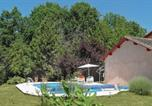Location vacances Milhac-d'Auberoche - Holiday home Leyalie N-582-1