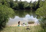 Camping avec Piscine couverte / chauffée Marne - Camping Vallée de la Seine-1