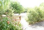 Location vacances Solliès-Ville - Les Rez De Jardin De La Pauline-4