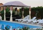 Location vacances Faye-l'Abbesse - Maison des Tournesols-3