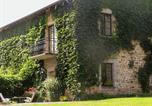 Location vacances Le Chalard - Maison de Jardinier-1