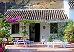 Location vacances Sayalonga - Fuentezuelas-1