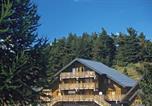 Location vacances La Salle-en-Beaumont - Residence Odalys Les Chalets d'Aurouze-1