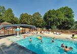Camping avec Site nature Châteauponsac - Camping La Plage-1