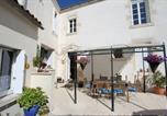 Location vacances Le Langon - La Jolie Maison Guesthouse-2