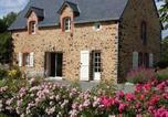 Location vacances Sainte-Suzanne - La Closerie du Plat d'Etain-4