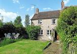 Location vacances Clanfield - School Cottage-1