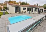 Location vacances Saint-Marc-Jaumegarde - Charming house near the centre of Aix-4