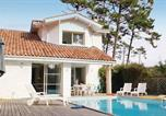 Location vacances Linxe - Holiday home Moliets 22 with Outdoor Swimmingpool-2