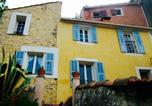 Location vacances Bouyon - Au pied du château-1