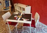 Location vacances Civita Castellana - Red flower-2