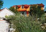 Location vacances Imotski - Holiday home Zmijavci 29 with Outdoor Swimmingpool-4