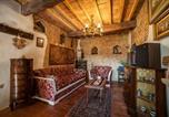 Hôtel Mombaroccio - Romeo & Juliet's Nest-1