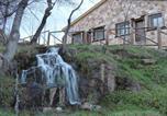 Location vacances Gargantilla del Lozoya y Pinilla de Buitrago - Las Casitas de La Poza-1