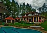 Hôtel Buenaventura - Local House Hostel Calima-1