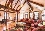 Location vacances Cedaredge - Storybook Cabin-2