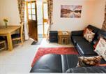 Location vacances Newcastle-under-Lyme - Oak Cottage-3