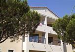 Hôtel Arpaillargues-et-Aureillac - Madame Vacances Résidence Le Mas Des Oliviers-4