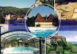 Location vacances Castels - Villa Les Grenels-1
