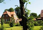 Location vacances Blunk - Ferienwohnungen Pronstorfer Torhaus-2
