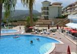 Location vacances Herbeset - Residence Nerea
