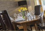 Location vacances Newtonmore - Sutherlands Guest House-2