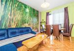 Location vacances Duga Resa - Three-Bedroom Holiday Home in Ogulin-3