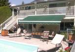 Hôtel Vernon - Aaron's Pool & Spa B&B-1