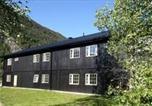 Hôtel Stryn - Skjolden Vandrerhjem-2